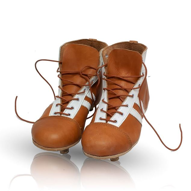 Picture of Vintage Soccer Boots 1950's - Tan Brown